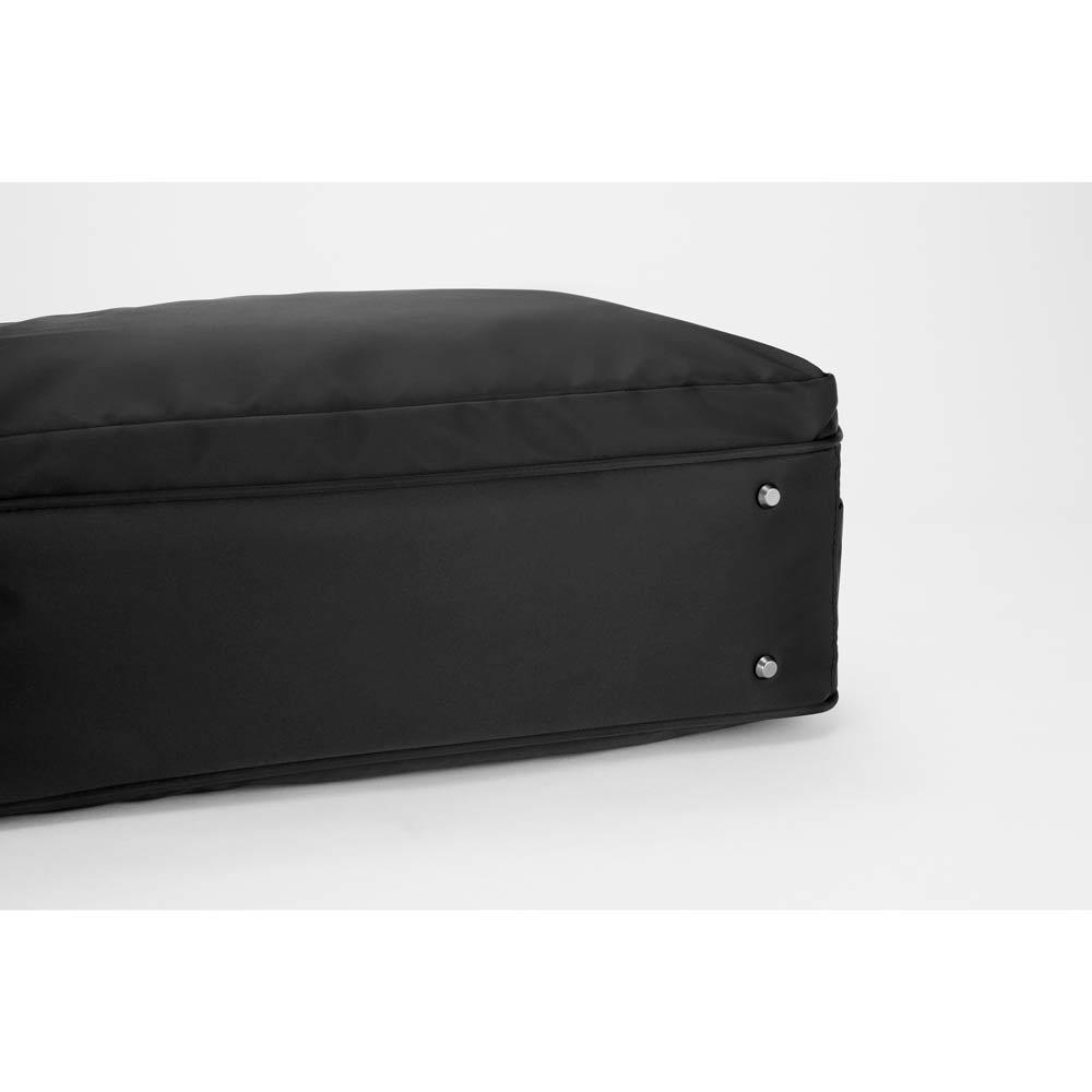 ace.GENE(エース ジーン)/B4&PC対応 横型トートバッグ  底面には底鋲付き