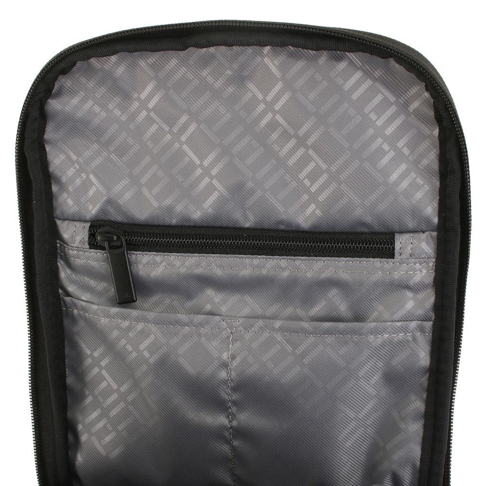 ace.(エース)/フェクロス 軽量ワンショルダーバッグ タブレット端末の反対側にも小物収納ポケット付き