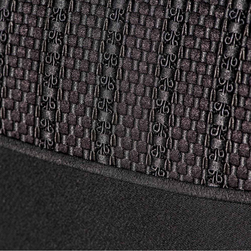 岩佐/西陣織 フォーマルバッグ |結婚式・卒業式・入学式・法事・パーティー 市松模様をイメージさせるような、均一の幅が美しい織物に仕上がっています。