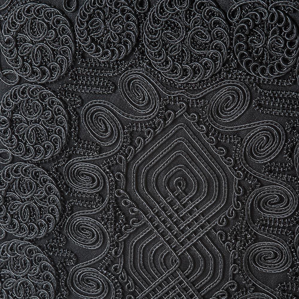 岩佐/全面コード刺繍 撥水フォーマルバッグ トート型 |結婚式・卒業式・入学式・法事・パーティー 刺繍部分には二種類の組紐を用いており、平刺繍では表現出来ない立体感を表現。