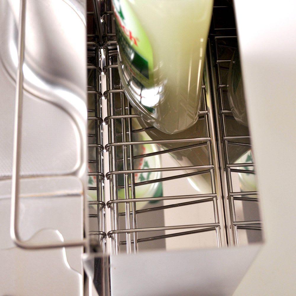 FRAMES&SONS(フレームズアンドサンズ)/kakusu ステンレス洗剤&スポンジラック シンクに水が流れる設計になっているので、水がたまらず気持よく使えます。