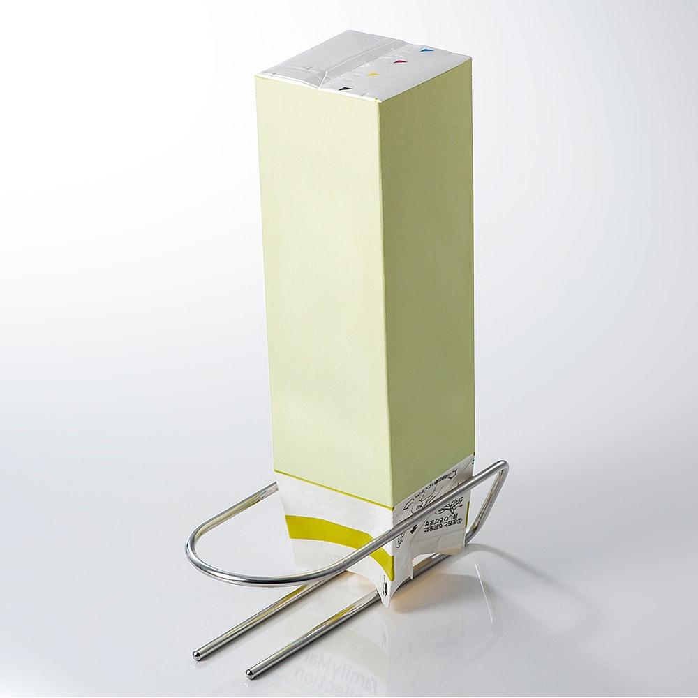 IPPON-SEN 水切りドライヤー[足立区 岩城工業] 裏を返せば牛乳パックの水切りとしても使えます。既製品の牛乳パックであれば約2個使用可能