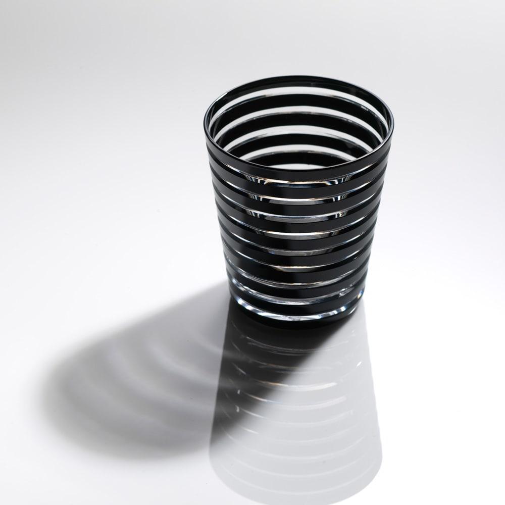 木本硝子/KIKI RING(年輪) オールド|黒の江戸切子グラス イメージ画像:こちらは同柄のミニオールドサイズとなります。