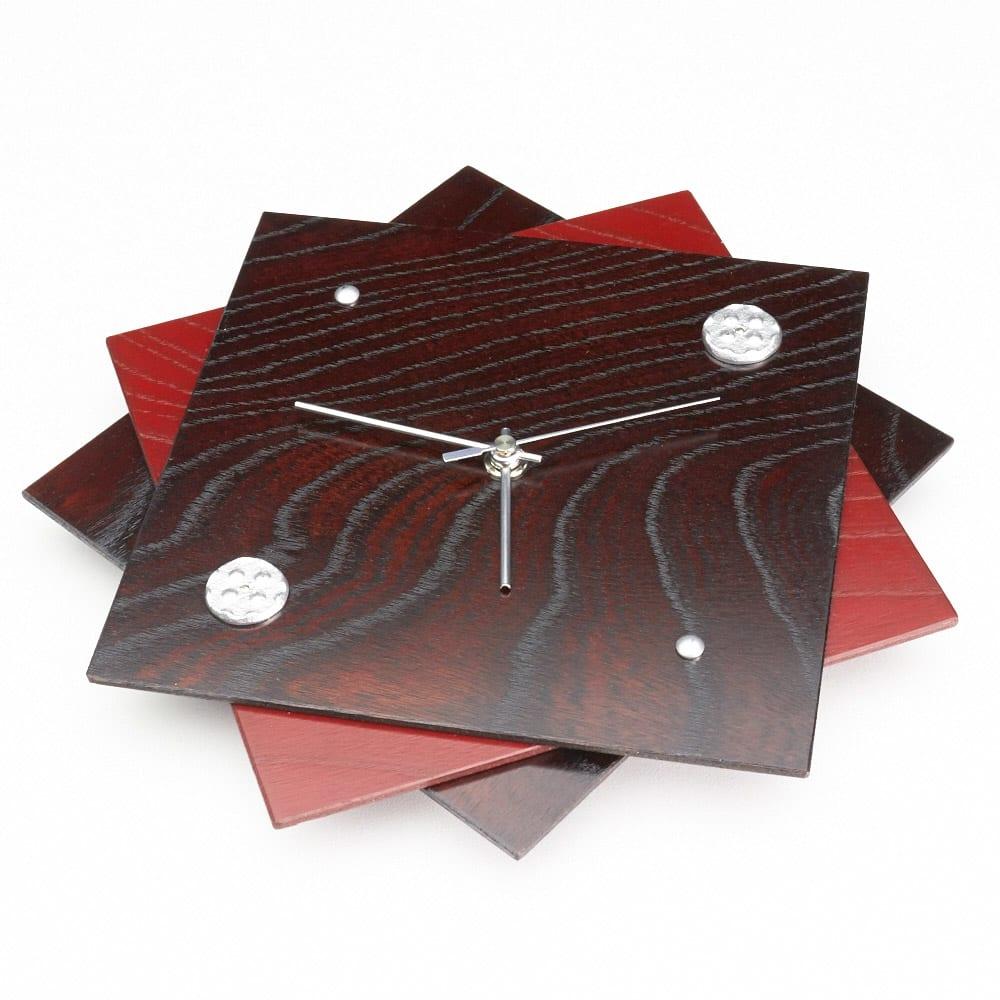 岩谷堂くらしな/時計(丸アラレ) 3枚の板の組み合わせによる立体感があるデザイン