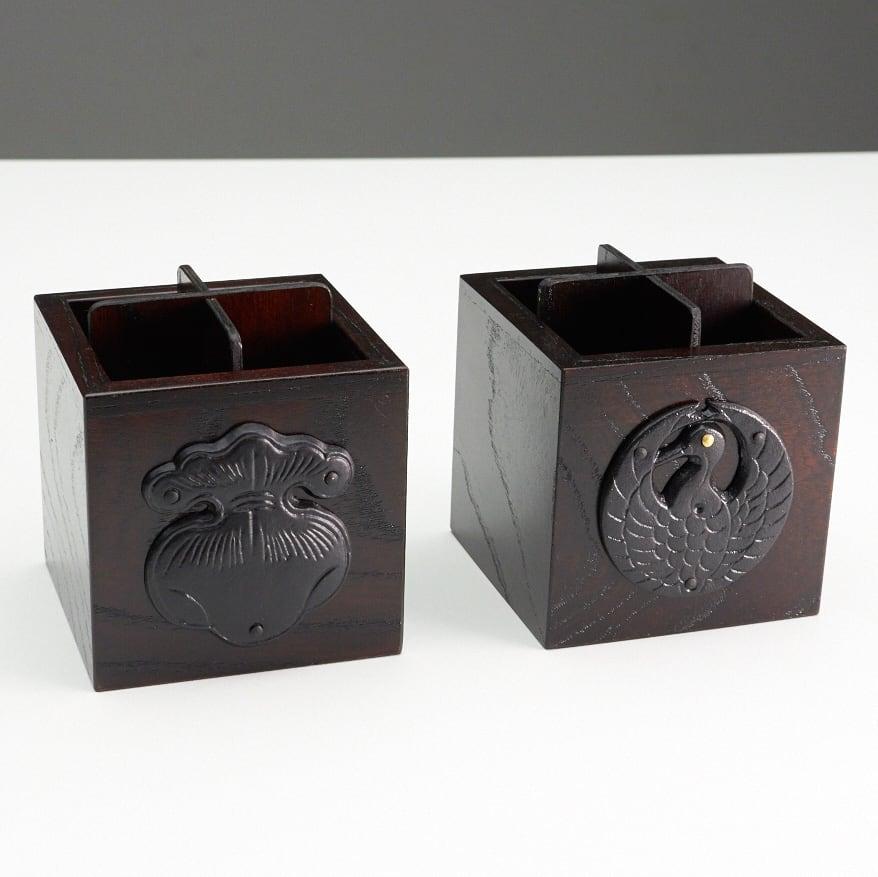 岩谷堂くらしな/ペンスタンド(鶴)|ペン立て 写真左は、同シリーズのくらしなペンスタンド巾着です。