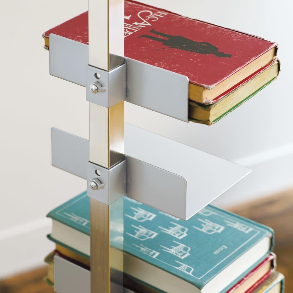 FRAMES&SONS(フレームズアンドサンズ)/キャスター付きブックタワー|本棚 ブックシェルフ 好みで棚板の位置を調整できます。