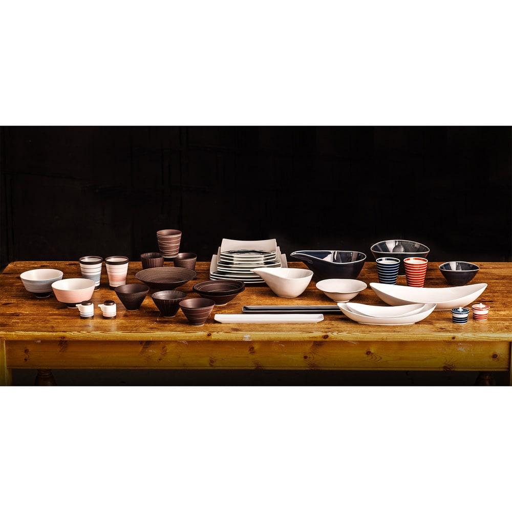 ARITA PORCELAIN LAB(アリタ・ポーセリン・ラボ)/楕円皿(大)sumi/墨ルリ|有田焼 さまざまなアイテムも同じ窯元の製作なので、別のシリーズと組み合わせてのコーディネイトもおすすめです