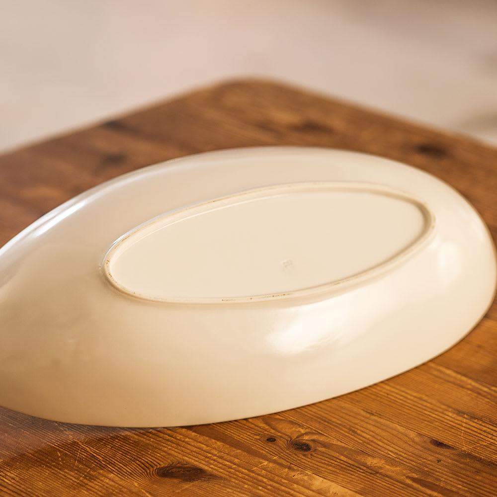 ARITA PORCELAIN LAB(アリタ・ポーセリン・ラボ)/楕円皿(中)hakuji/白磁|有田焼 底面