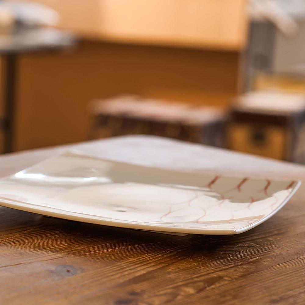 ARITA PORCELAIN LAB(アリタ・ポーセリン・ラボ)/正方皿(大)|有田焼 (ウ)松