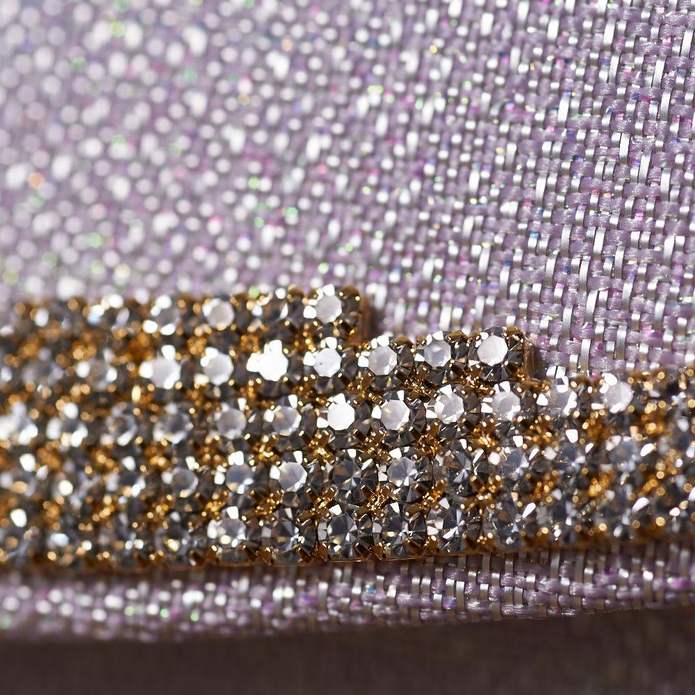 岩佐/錦織 フォーマルバッグ クラッチ  結婚式・卒業式・入学式・パーティー 繊細な錦織りの素材感と、ラインストーンの飾りの組み合わせが上品。