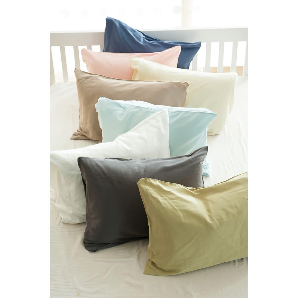 Fab the Home(ファブザホーム)/ダブルガーゼ 枕カバー 手前から:(エ)ピスタチオ、(キ)スレート、(ア)ホワイト、(オ)クミン、(カ)ミルク、(イ)シェルピンク、(ウ)インディゴ、(真ん中の水色の販売はございません。)