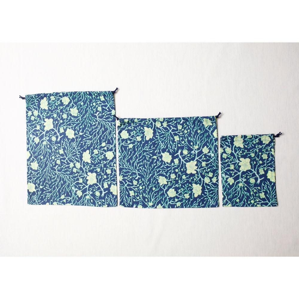 都もだん 九通り手ぬぐい仕分け巾着 3点セット ろう梅と猫柳 同柄のサイズ違い巾着3個セットになります