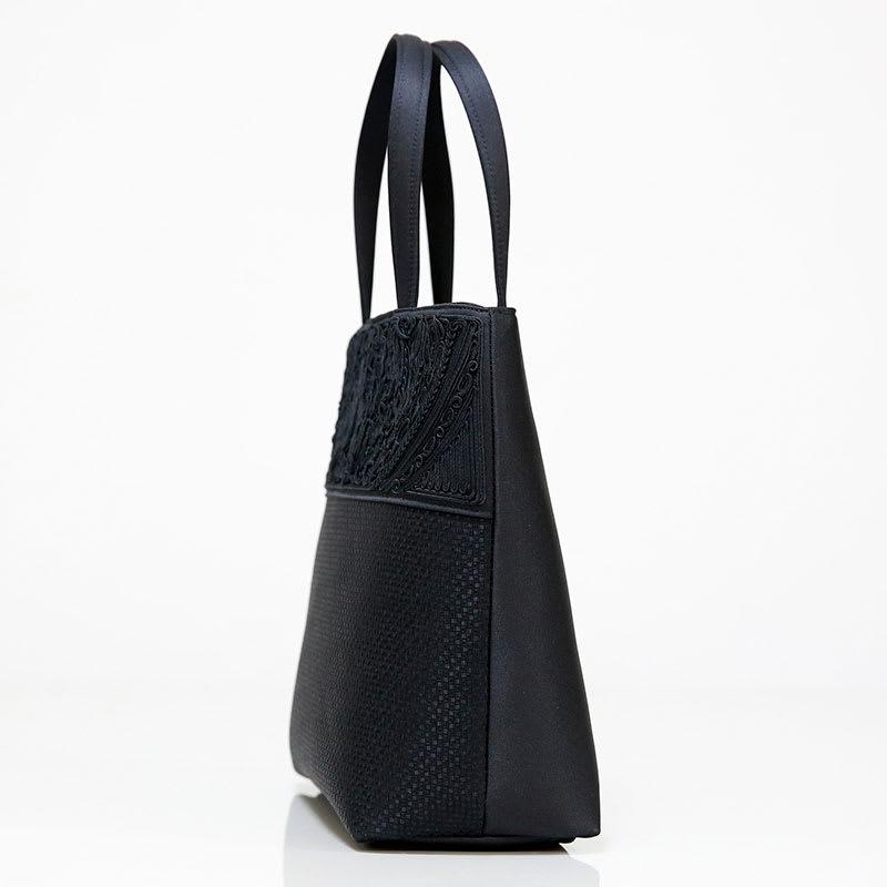 米沢織切替コード刺繍アクセントバッグ