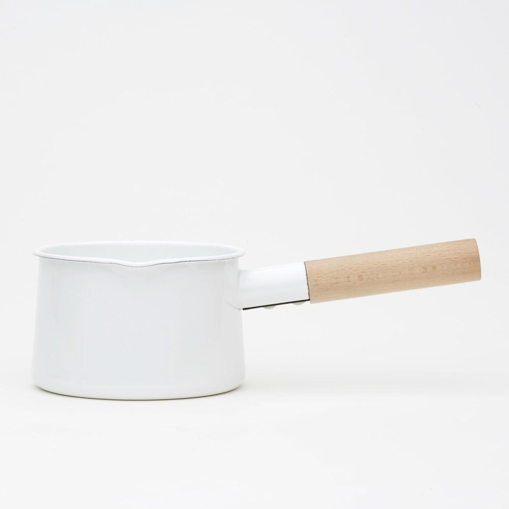 小泉誠・kaico(カイコ)/ホーロー(琺瑯)ミルクパン ホーローと天然木の組み合わせは相性◎