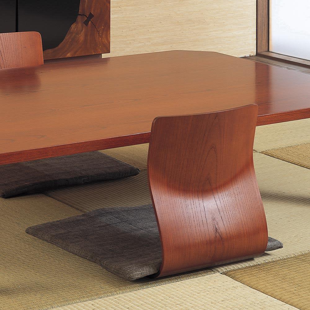 天童木工/ザイス 成形合板座椅子4脚(S-5046)|デザイナーズ家具 ケヤキの木目が3次曲線に沿って美しく映えます。写真は(イ)ケヤキブラウン
