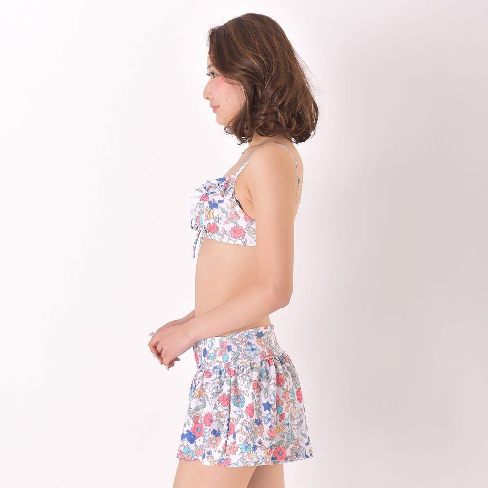 JILLSTUART(ジルスチュアート)/小花柄フレアパンツ付フリルワイヤービキニ3点セット