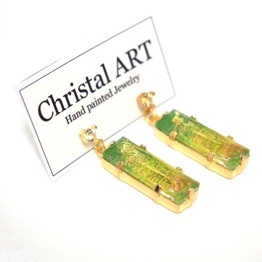 Christal ART スクエアクリスタル ピアス  (イ)グリーン
