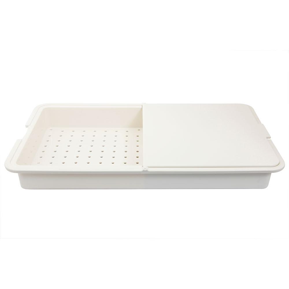 チョップ&トレー 両面使用のまな板でトレーとザルを使い分け!