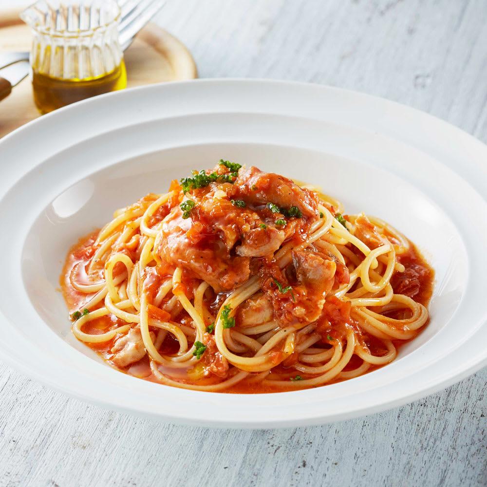 ふもと赤鶏トマト煮(骨付きもも) (250g×5袋) 【調理例】パスタとも好相性です!ふもと赤鶏のごろっと感と旨味の詰まったトマトソースパスタがお召し上がりいただけます!