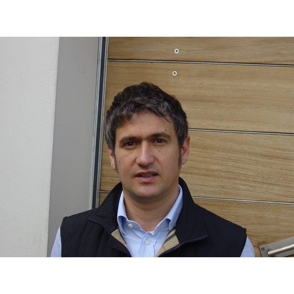 【ワイン】カサル・ディ・セッラ・ヴェルディッキオ ウマニ・ロンキ社コンサルタントである実力派醸造家の「ジュゼッペ・カヴィオラ」氏。