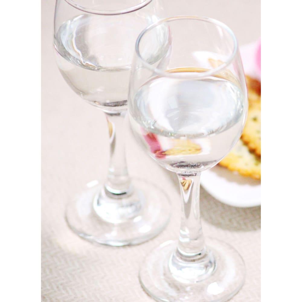大吟醸 吉乃川 (720ml) デリシャスな香りと淡麗な飲み口が冴え渡る大吟醸酒です。