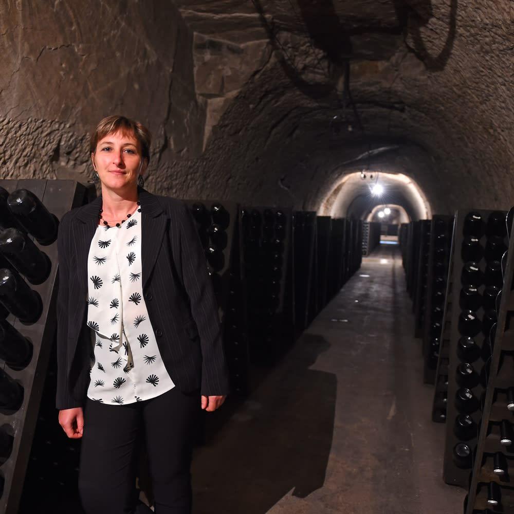 【シャンパン】ジョセフ・ペリエ キュヴェ ロワイヤル Brut(ブリュット) ジョセフ・ペリエのセラーマスターのナタリー・ラプレイジュ。シャンパーニュでは数名しかいない女性醸造家として活躍しています。
