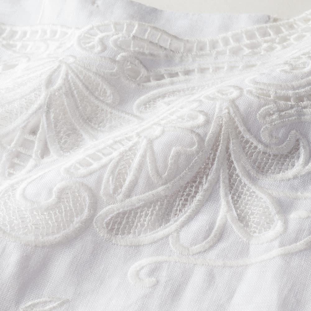リネン カットワーク刺繍 ブラウス 刺しゅう部分