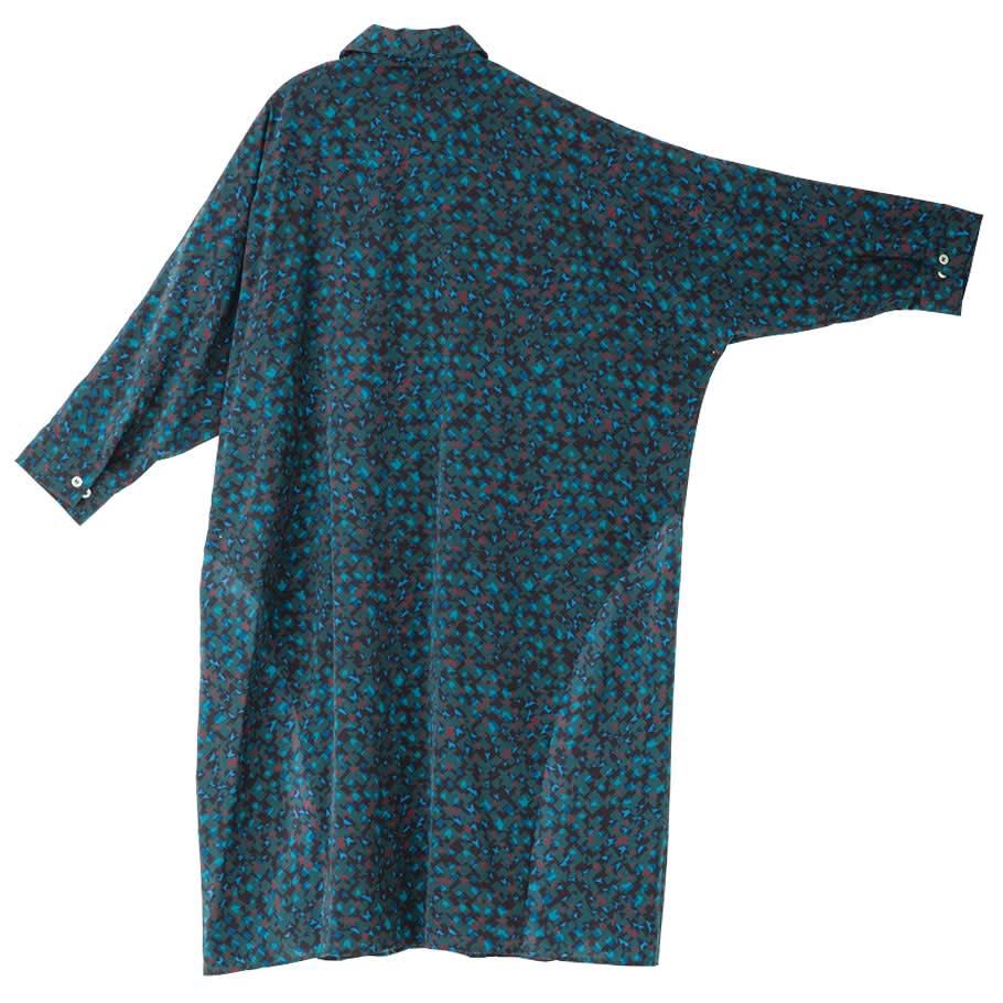 幾何学柄プリント ドルマンスリーブチュニックシャツ(大きいサイズ) BACK Style