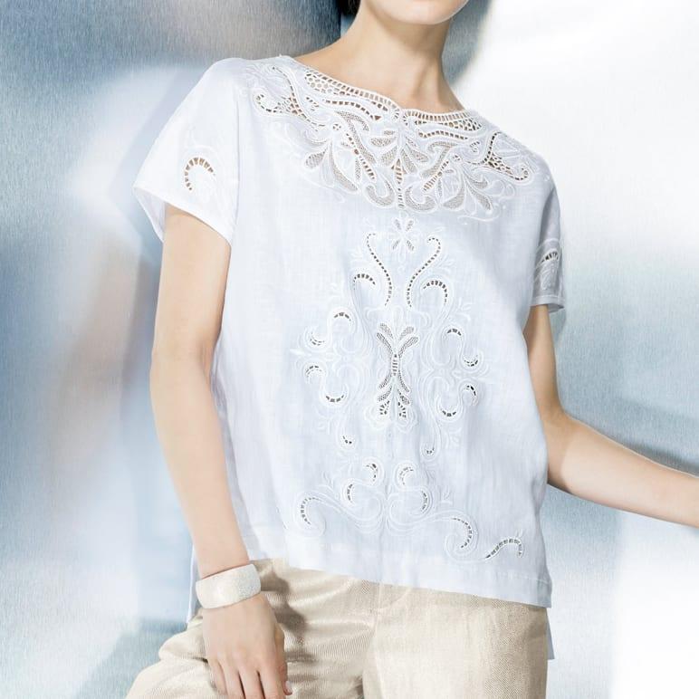 リネン カットワーク刺繍 ブラウス (イ)ホワイト 着用例
