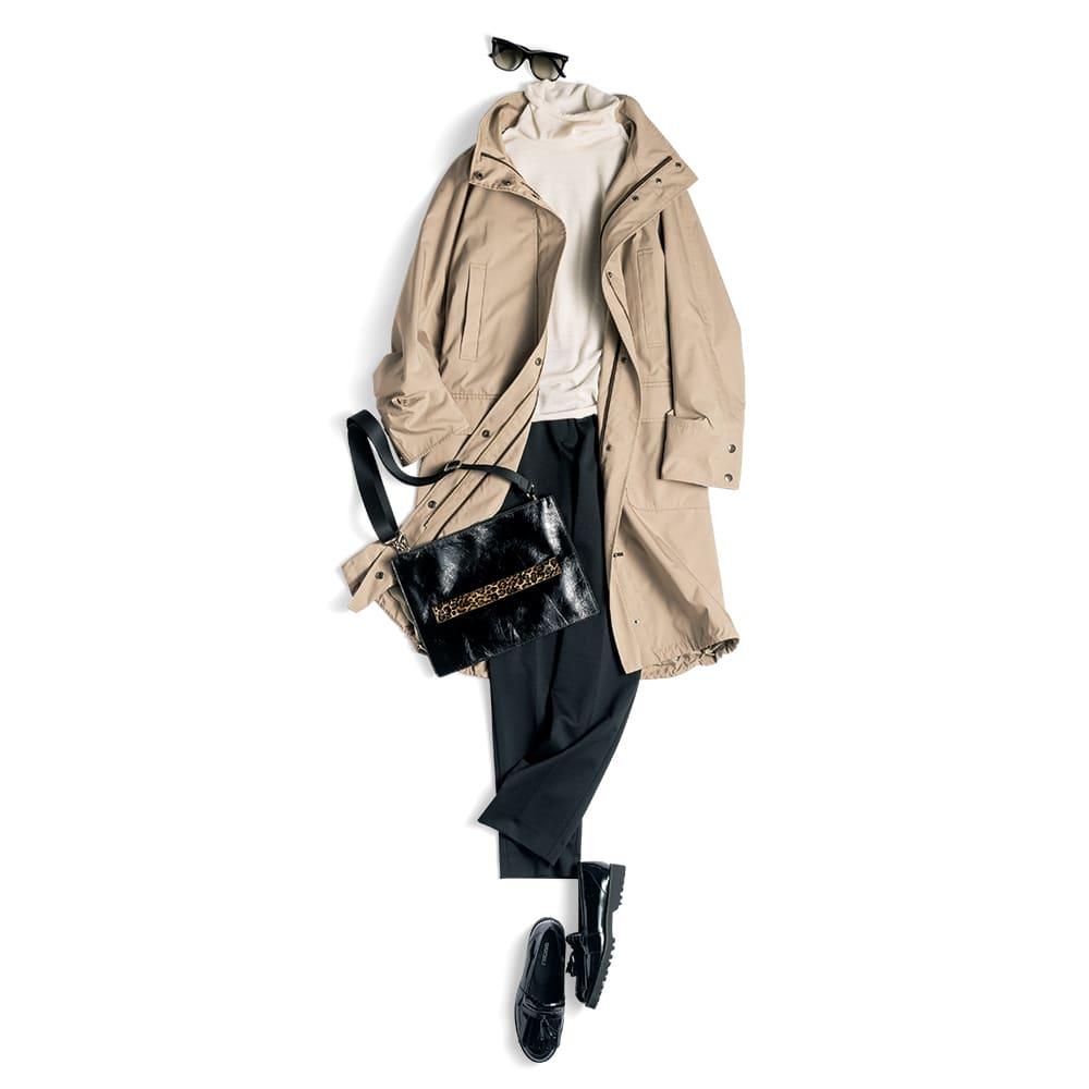 撥水加工 ダウンライナー付き モッズコート コーディネート例 /ライナーを外して軽やかなコートに。シンプルなタートルニットと細身のスティックパンツにさらりと羽織れば、スポーティアイテムをタウンユースにしたアスレジャー風な着こなしが完成。
