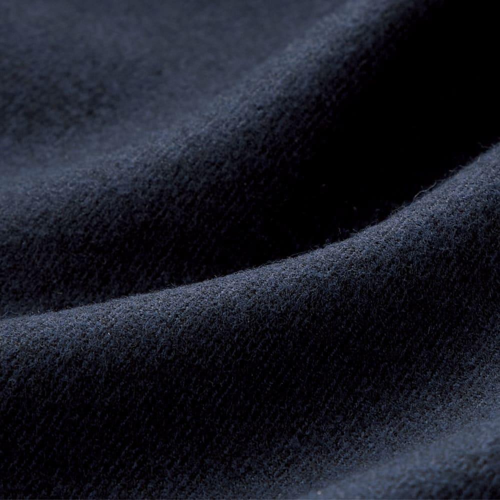 カシミヤブレンド ストレッチ フラノジャケット 着心地にも考慮して、ポリウレタンをブレンドし、ストレッチ性も兼備。