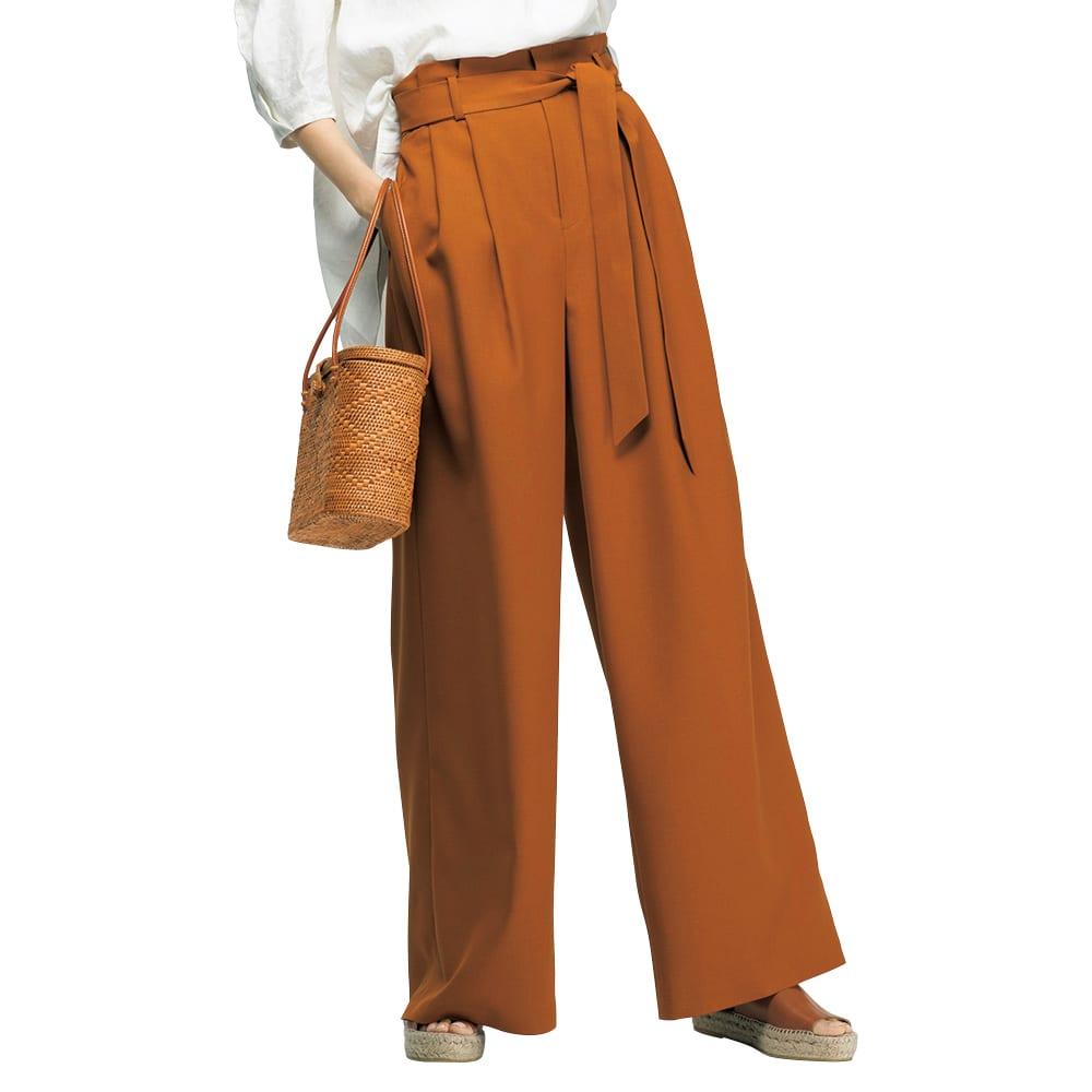 (股下丈74cm) サッシュベルト付き ハイウエスト ワイドパンツ (ア)キャメルオレンジ 着用例