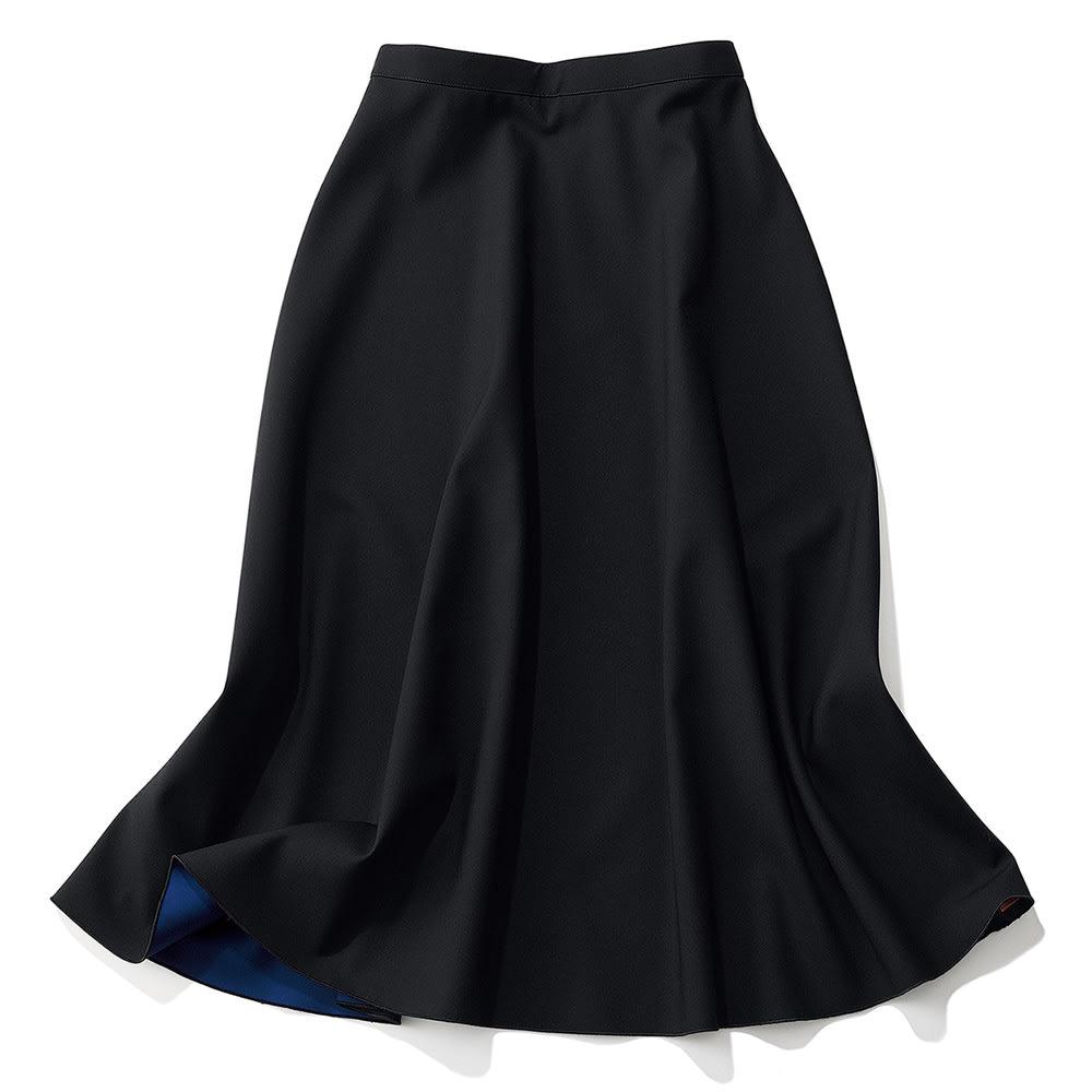 リバーシブルボンディング フレアスカート (イ)ブラック×ブルー [ブラック面] REVERSIBLE