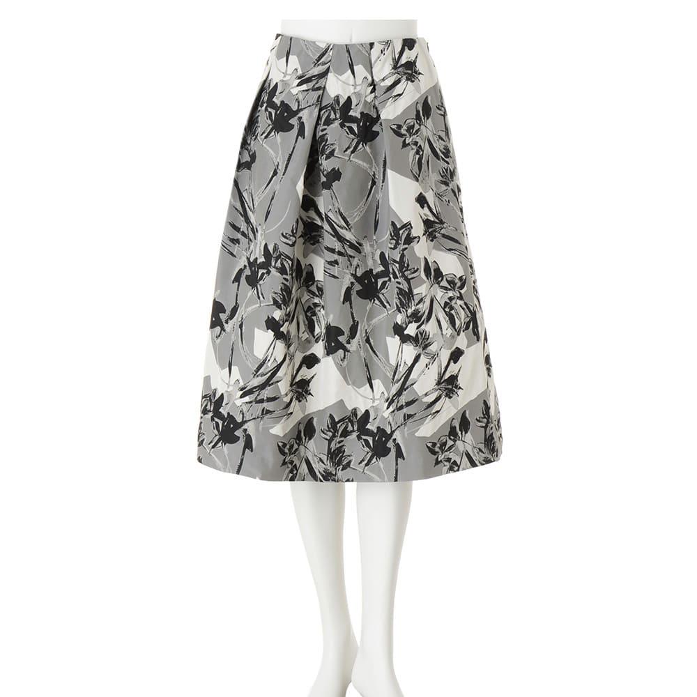 イタリア素材 フラワージャカード タック スカート