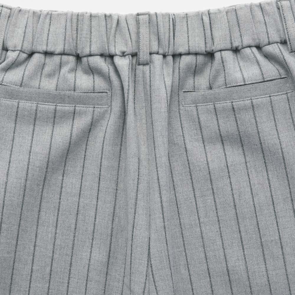 チョークストライプ ストレッチワイドパンツ BACK STYLE ※今回こちらのお色の販売はございません。参考画像です。