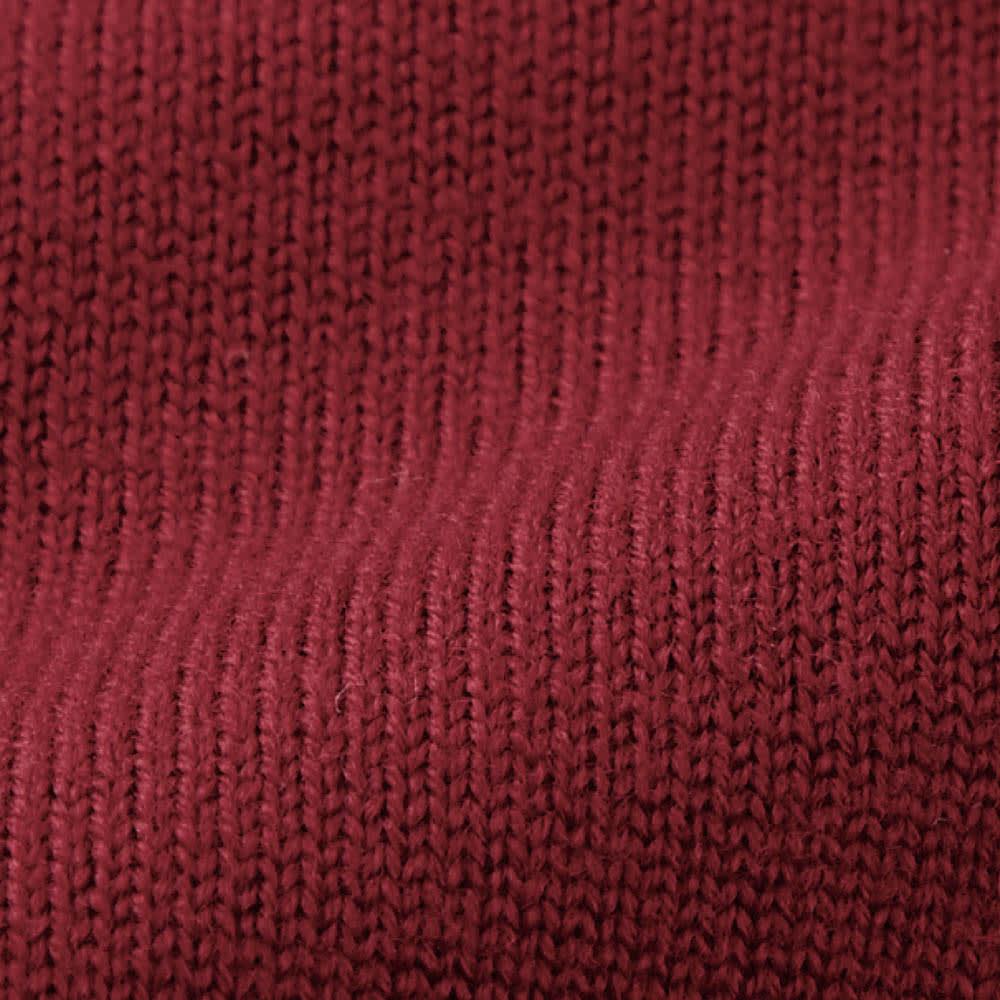 イタリア糸 クルーネック ニットプルオーバー(サイズM) 1936年創業の「ロロ・ピアーナ」社が6世代にわたり、追求し続けてきた上質なウールを使用。