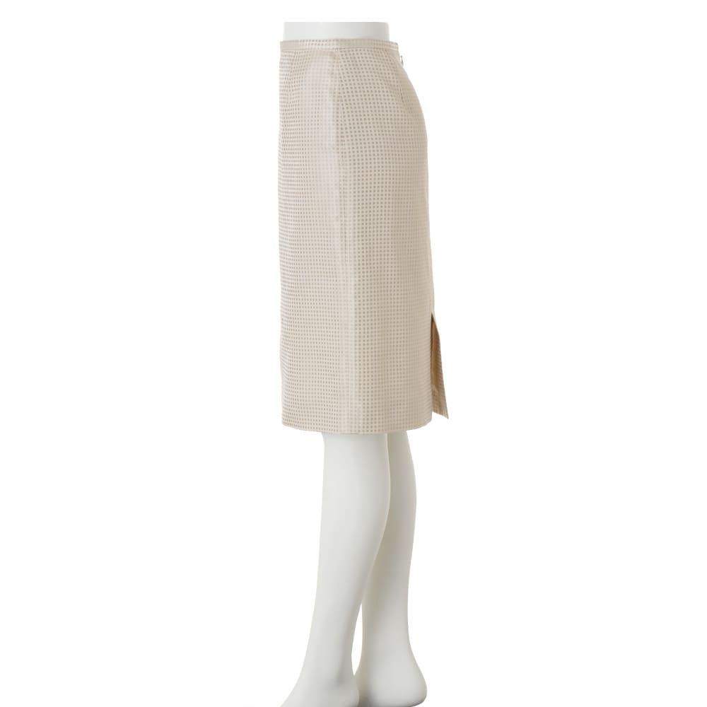 フェルラ社 シルク ドットジャカード スカート(サイズ64)