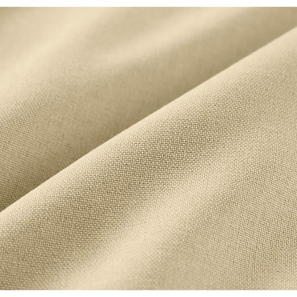センタープレス ストレッチイージーパンツ(サイズM) 通気性の高い定番トロピカル織り。ウールライクな機能素材にすることで、お手入れ簡単に。