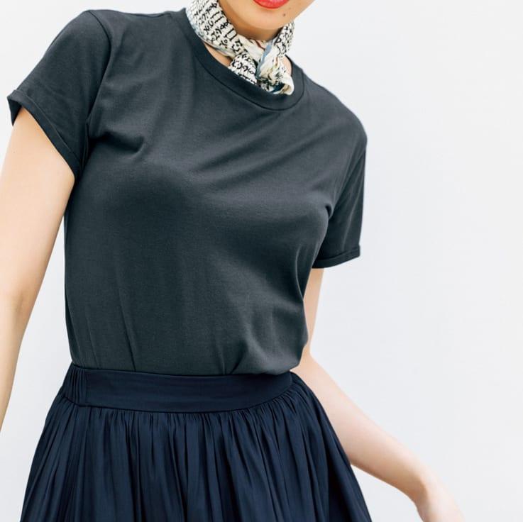 KORA KANE/コーラカーネ スカーフ付きTシャツ(イタリア製) コーディネート例