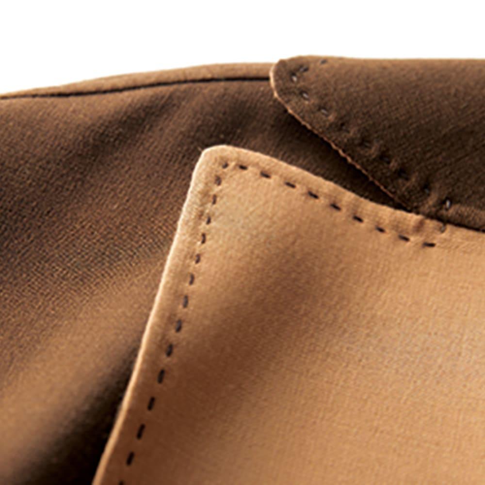 リバー仕立てシリーズ ロングコート 手縫い風ミシン掛け、AMFステッチがポイント。