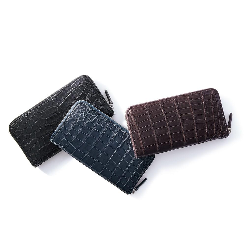 クロコダイル 三方長財布 左から (ア)マットブラック (ウ)ブルーグレー (エ)マットブラウン