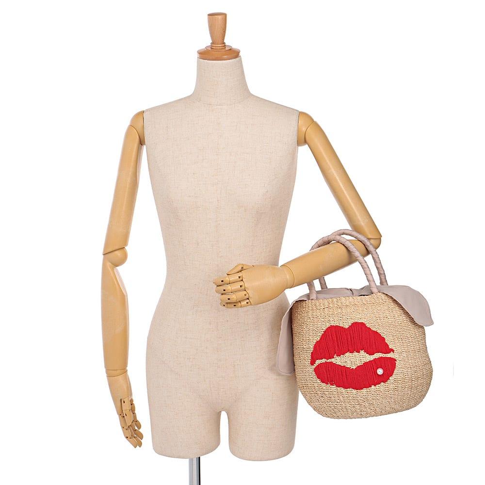 a-jolie/アジョリー リップ刺しゅう カゴバッグ 着用例