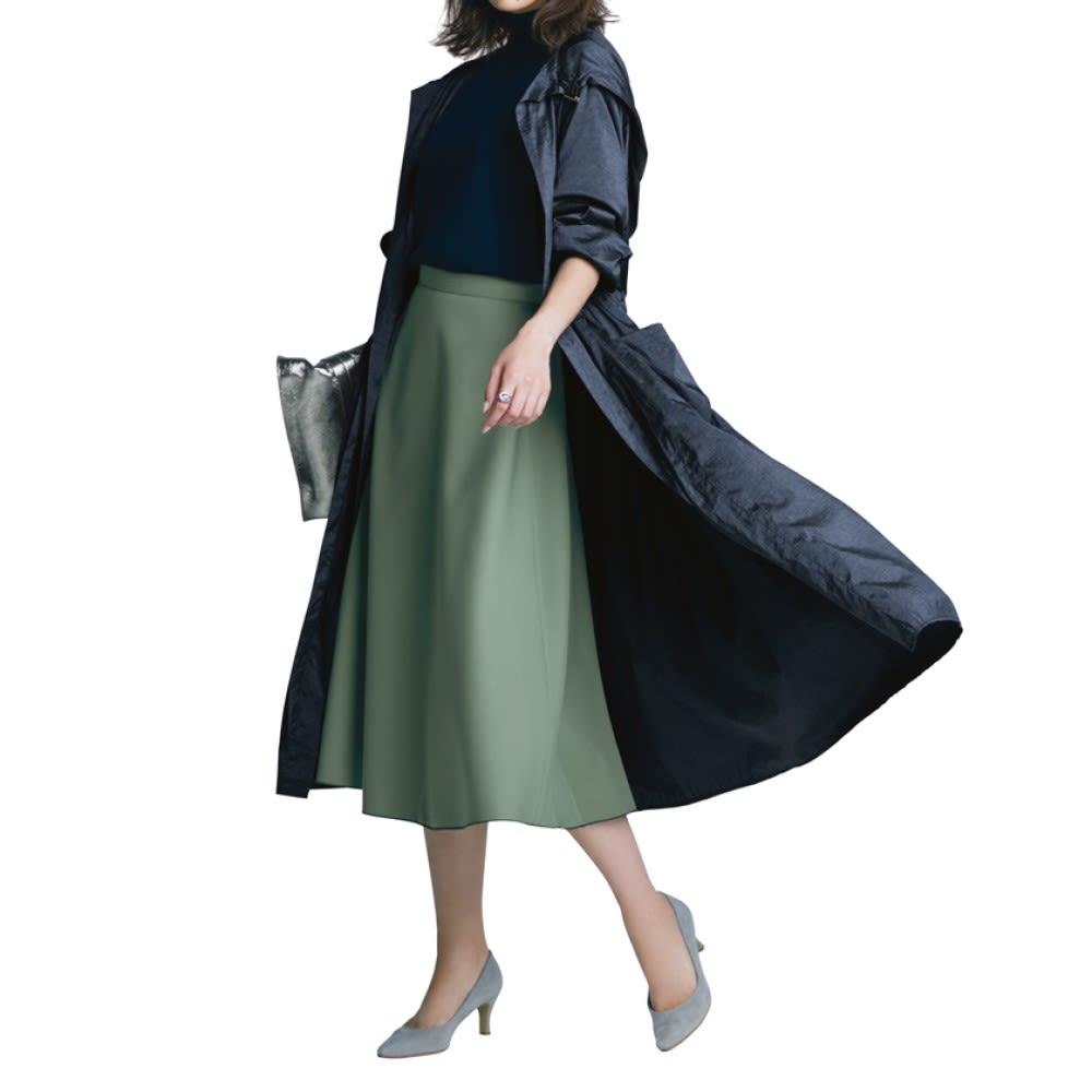 LAURA DI MAGGIO(R)/ラウラ ディ マッジオ 一枚革トートバッグ(イタリア製) (イ)シルバー コーディネート例