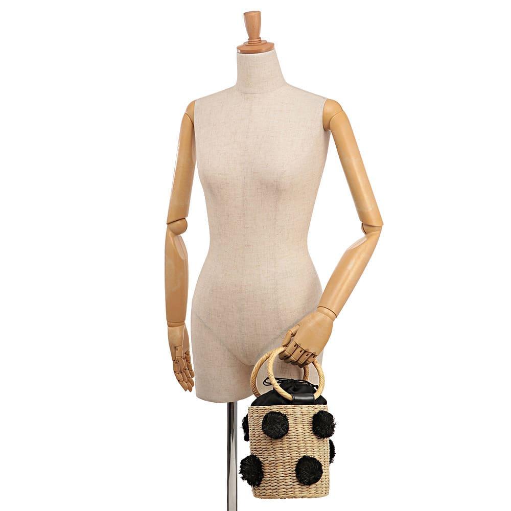 Cachellie/カシェリエ ポンポン付き カゴバッグ 着用例