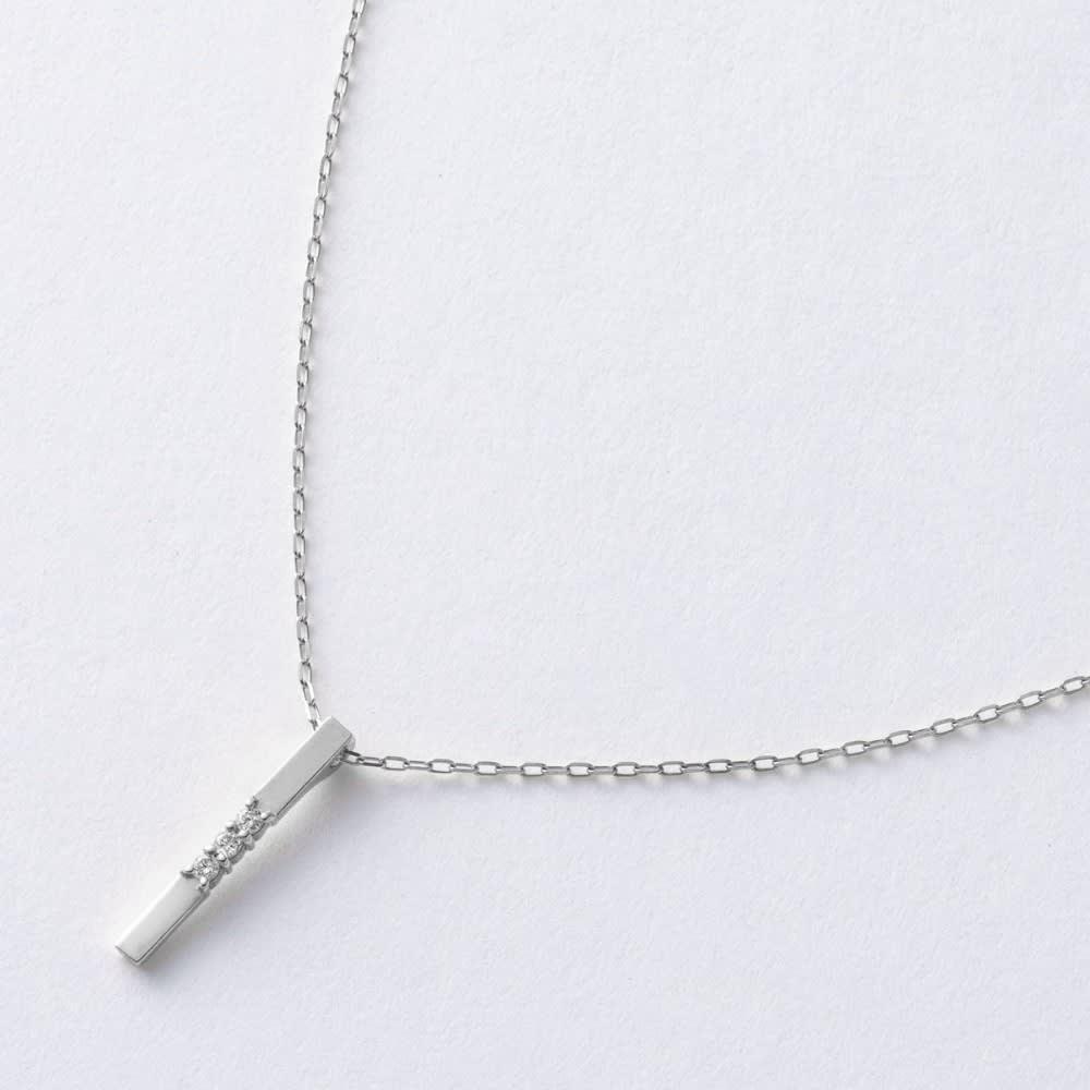 ARCOIRIS/アルコアイリス K10 ダイヤ バーライン ペンダント (イ)WG