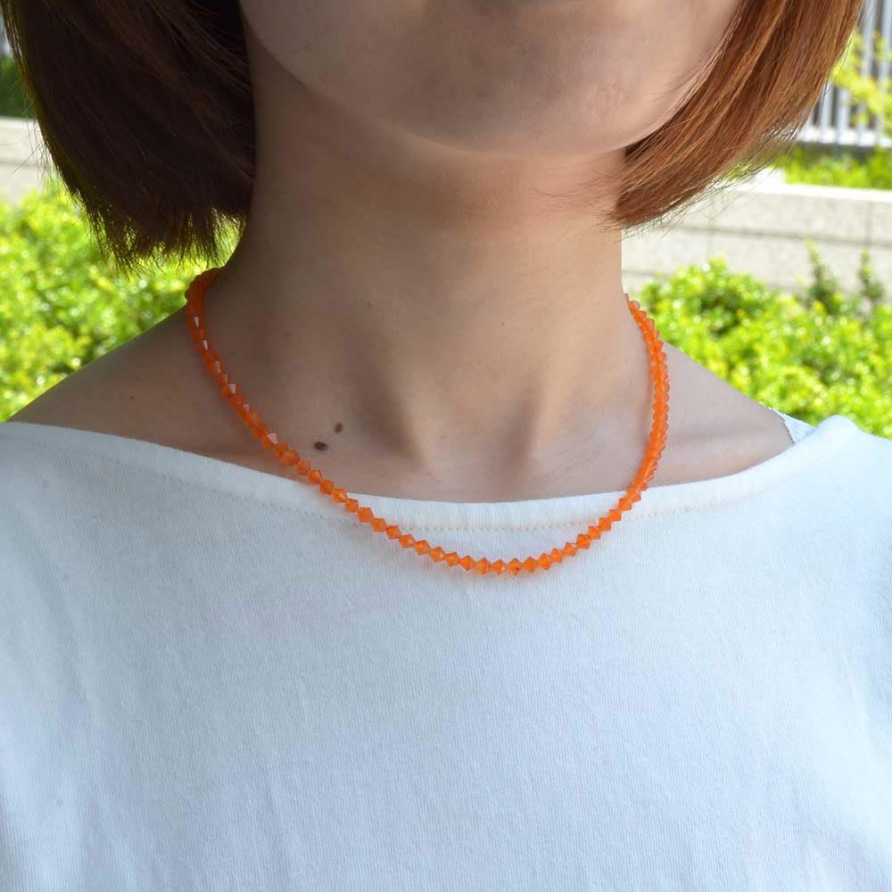 YUKIKO OKURA/ユキコ・オオクラ SV カーネリアン コーン ネックレス 着用例