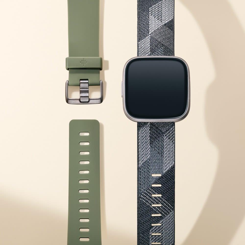 Fitbit/フィットビット Versa 2 替えベルト付き (ア)ブラック系 替えベルト付き