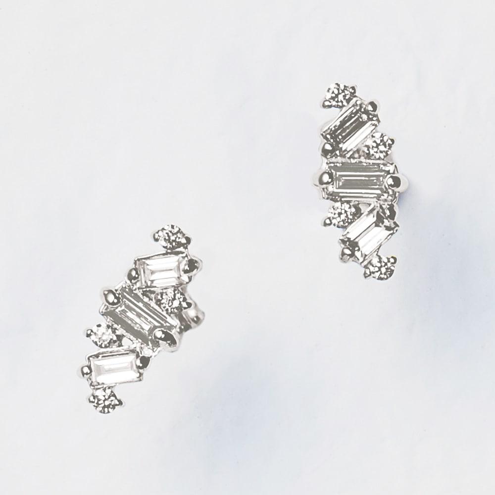 K18 0.38ctバゲットダイヤ ピアス (イ)WG