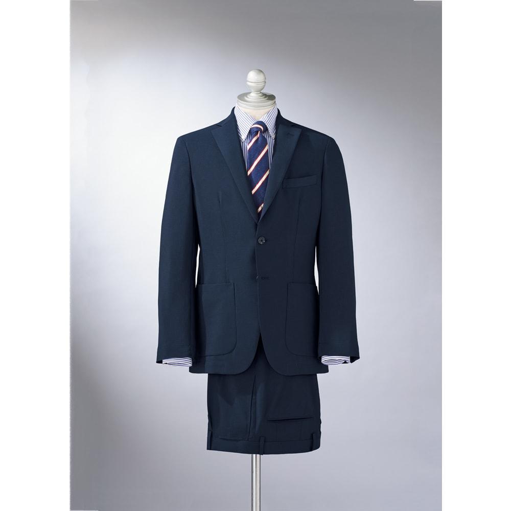 洗える軽量 セットアップシリーズ ジャケット コーディネート例 シャツ+ネクタイでビジネスシーンにも対応します