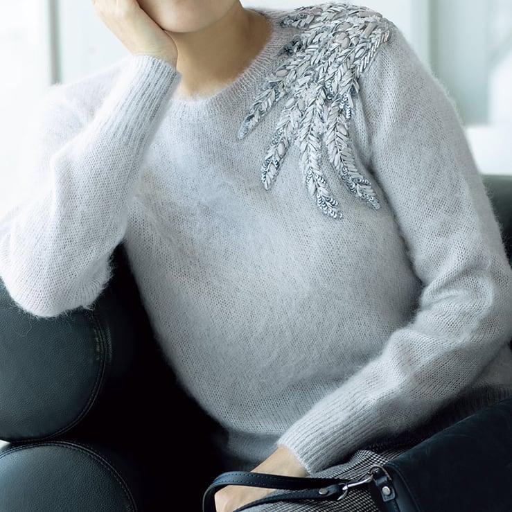 リボン刺繍 モヘヤ混 プルオーバー ペールグレー系 着用例